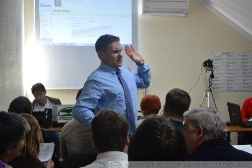(2013.09.28) Конференция ЭВСК, выступает Евгений Витишко (Туапсе)